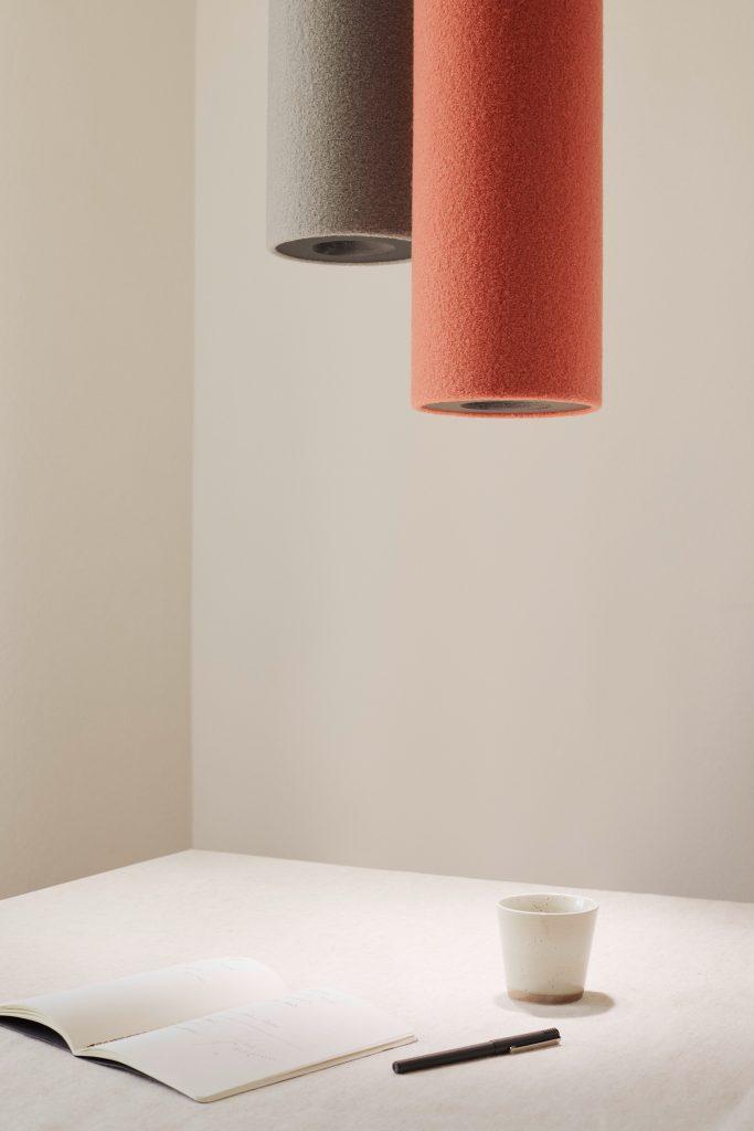 Die Akustikleuchte RELAX Tube Light bietet eine neue Dimension von ausgewogenem Raumklang und angenehmem Licht 2