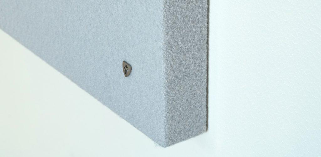 YDOL Akustik Deckensegel und Wandpaneele können bündig auf Wand oder Decke montiert werden.