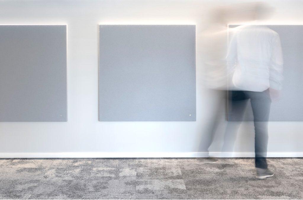 Ein YDOL RELAX Individual Wandpaneel in den Räumen eines Kunden.